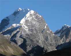 Lobuche-Mountain